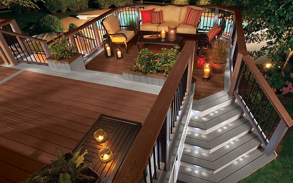 trex-transcend-decking-gravel-path-fire-pit-raiiling-decklighting-outdoor-furniture