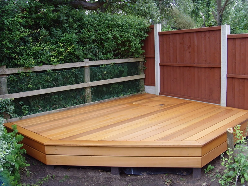 western-red-cedar-deck-rockridge-shacks